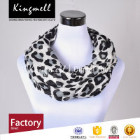 Black And White Spot Fashionable Customized Digital Printing Ladies Silk Scarf