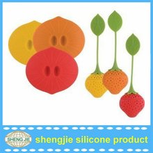 Promotion tea infuser strawberry shape with silicone lid /silicone tea strainer