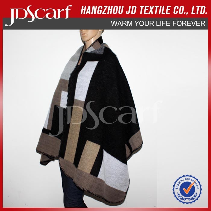 Widely used superior quality shawl for formal dress
