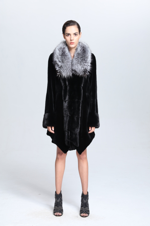 Factory Customized Short Sable Fur Coats