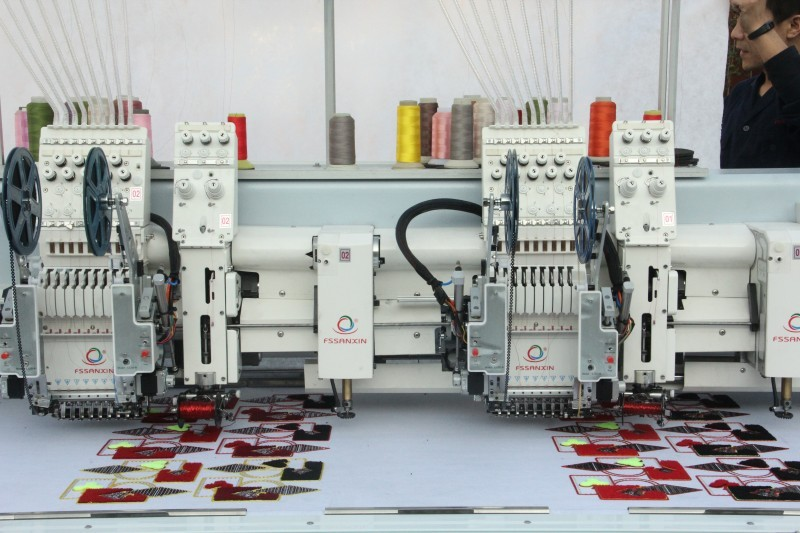 Mixed 2 heads high speed embroidery machine prices