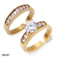 2016 fashion fancy 3161 Stainless Steel Ceramic micro-setting cz diamond couple ring jewelry