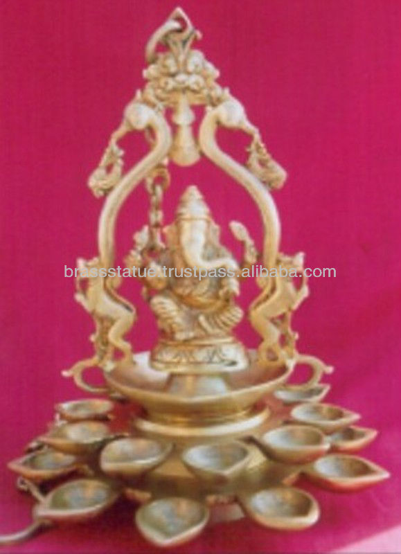 Beautiful Brass metal craft Hand carved Lord Ganesha Oil lamp/Deepak for decoration