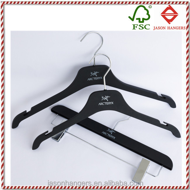 PL5001N quality custom black soft touch hanger clothes, plastic clothes hanger
