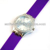 Newest model LOL letters dial Rhinestone japan quartz move silicone wristband watch