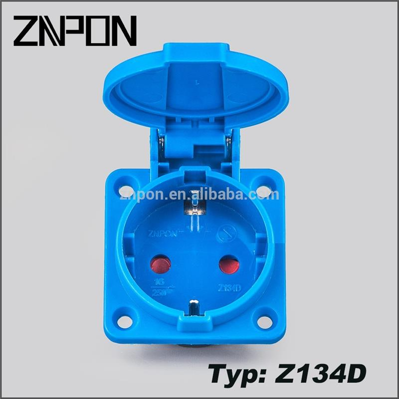 Z134D 16A 250V waterproof plug and socket on lanterns/lamps
