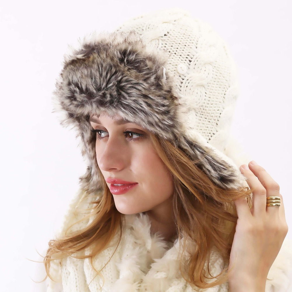 2015 Winter New Fashion Brand Gorros Reversible Touca Feminina Inverno Crocheted Women Bomber White Wool Knitted Winter Fur Hat
