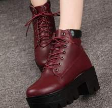 China factory direct sale lowest price footwear learance sale ankle roman boots low heel women lace up wholesale shoes