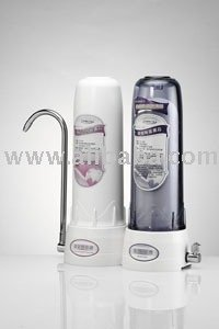 Easy-combined ceramic water purifier