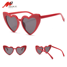 Love Heart Shape Sunglasses Cat Eye Vintage Sun Glasses Christmas Gift Party Glasses for Women Driving UV400