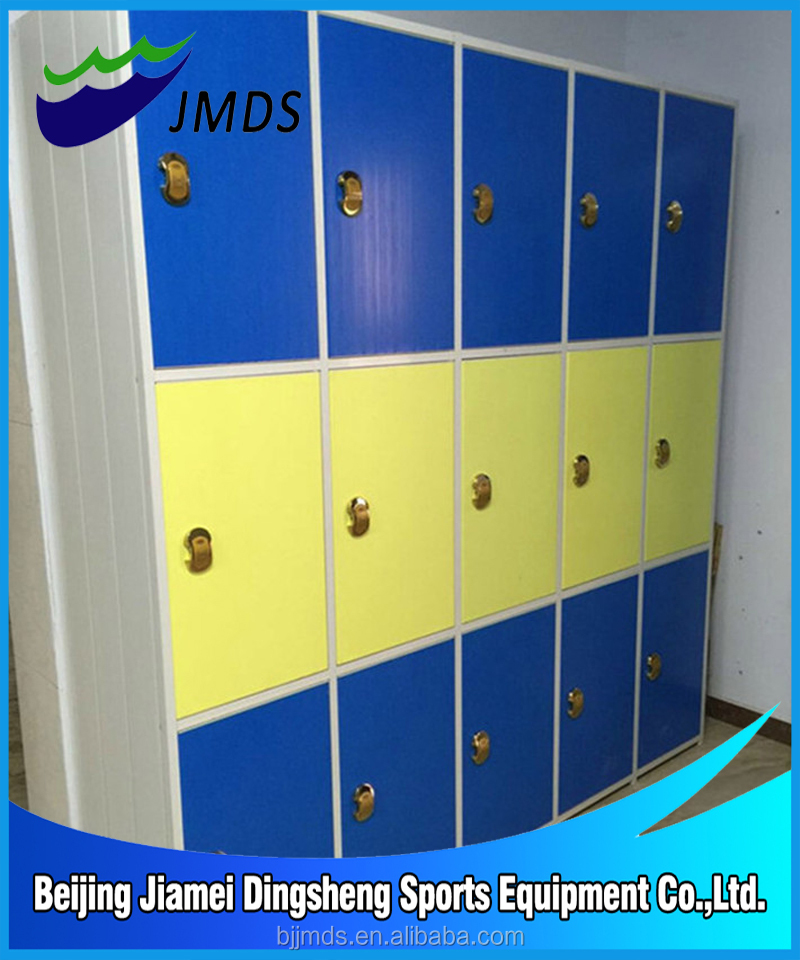 Sports & Entertainment Products 3 Door Locker For Swimming Pool
