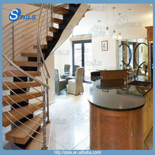 Use of the family with wood step with rod handrail straight staircase