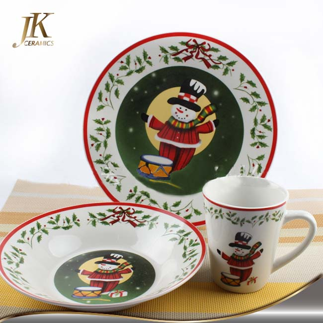 Modern discount holiday dinnerware sets for christmas promition and gift
