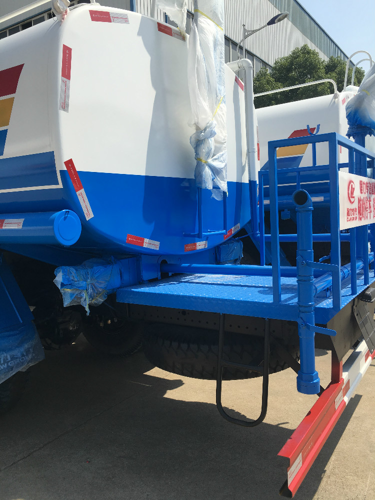 Hot sale water bowser sprinkler tank truck with spray system