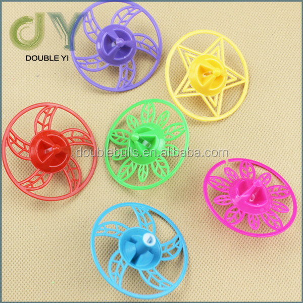 High quality newest fashion plastic spinning top