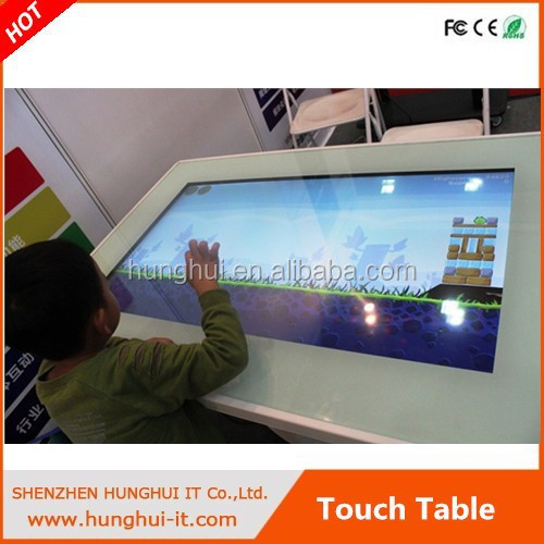 table basse avec ecran tactile. Black Bedroom Furniture Sets. Home Design Ideas