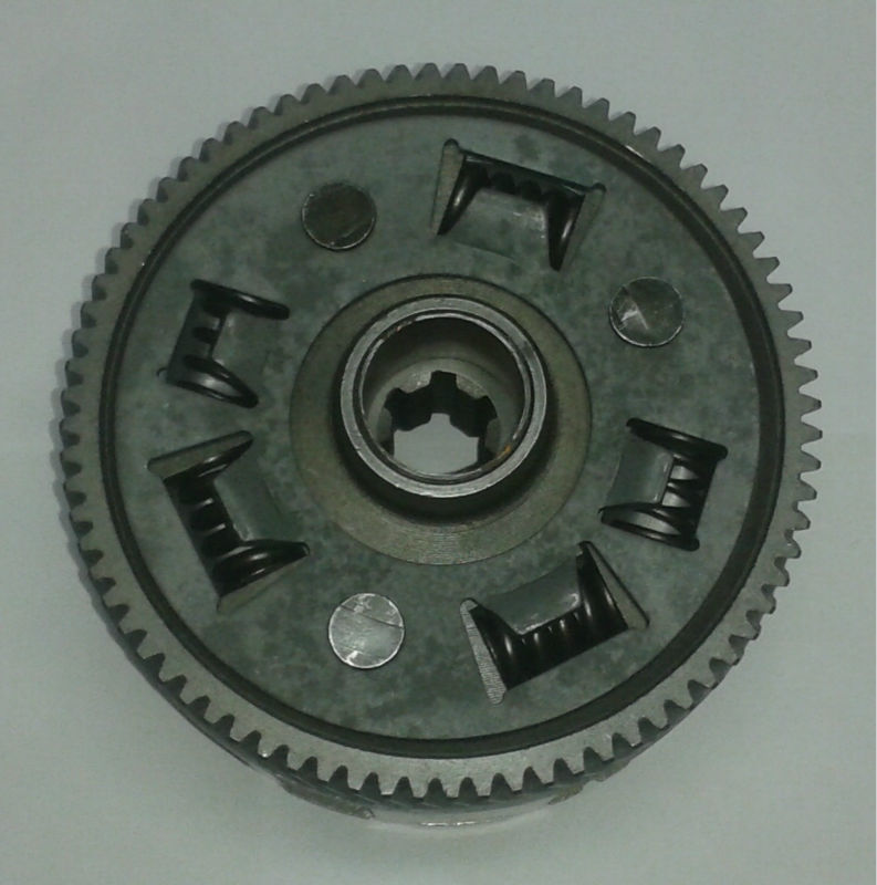 THREE WHEELER CLUTCH ASSEMBLY