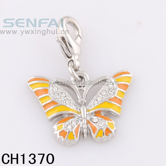 Beautiful butterfly penant custom wholesale crystal charm for ladies