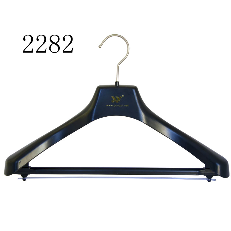 Cheap Black Plastic Clothing Ladies Suit Hanger With Clear PVC
