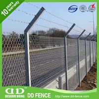 security New design used vinyl coated chain link fence manufacture