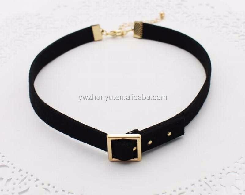 fashion black gold buckle choker