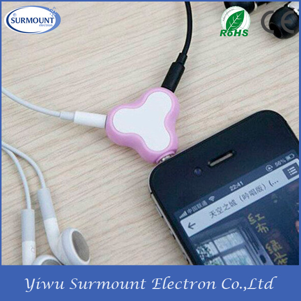 2015 Hot Selling Heart shape Earphone splitter music Headphone splitter With Suction Cup Phone Stand