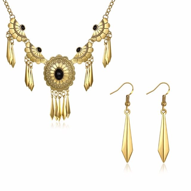 OUXI hot sale new arrival fashion jewelry set for lady S-8268