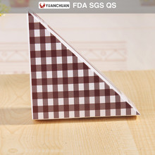 Environmental PET window sandwich box with triangle shape