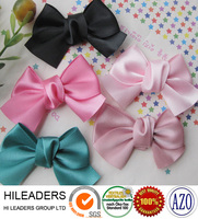 Wholesale pre made and ready made ribbon bows