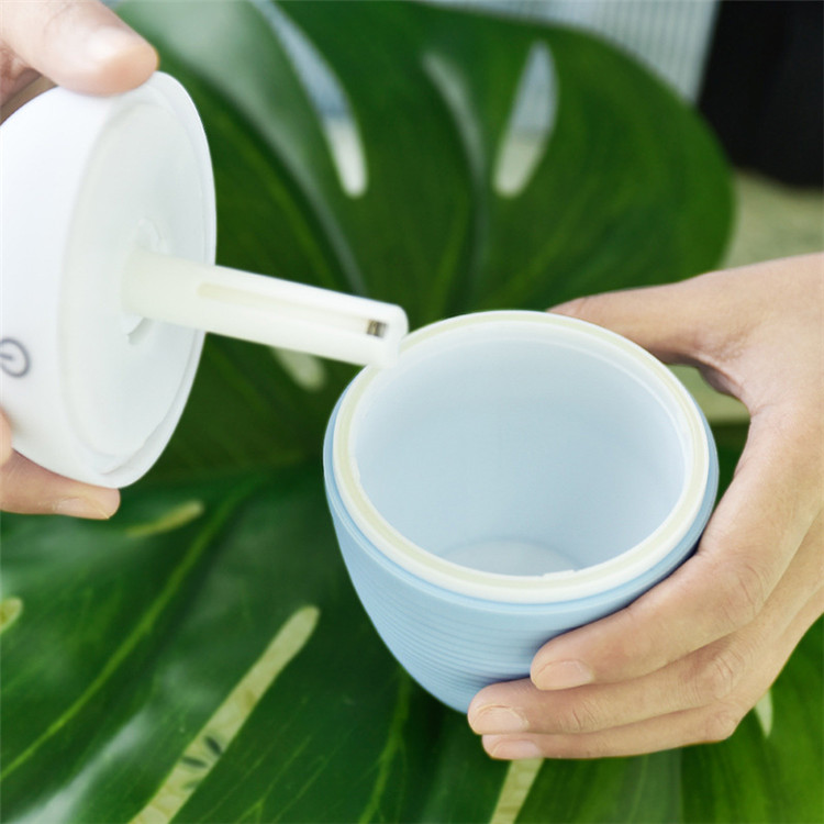 Portable usb mini aroma bottle diffuser air humidifier,cool mist, low noise and eco-friendly