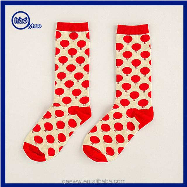 2017 Yhao high quality fashion Hot Men Dot Jacquard Leisure socks