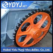 Cast steel alloy wheel for bulk material handling equipment