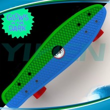 glow in dark skateboard plastic cruiser banana skateboard,fish brand OEM board