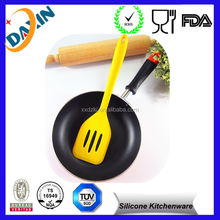 BPA Free Cooking Utensils silicone flipping spatula