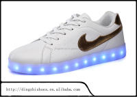 Hot selling led Light sneaker shoes.fashion led sneaker led light up men sneaker lady sneaker