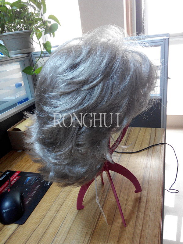 Made in China hot selling synthetic grey curly hair wigs wholesale