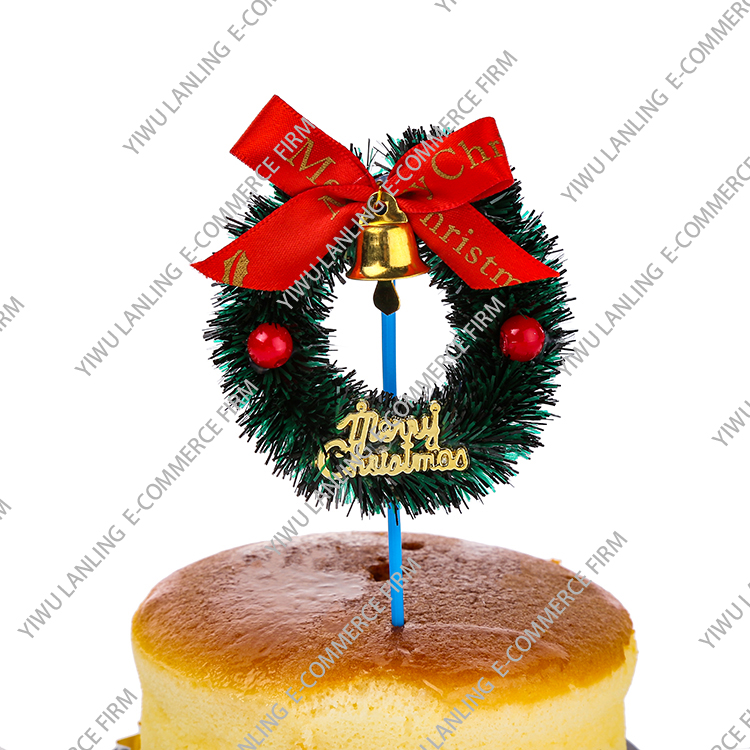 Tasteless personalized recyclable grass ring cake ornament, harmless exquisite christmas cake decoration