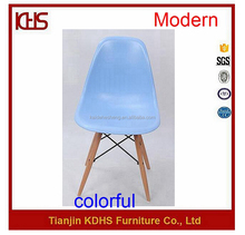 good look eiffel stype plastic cheap wooden leg blue tulip dining chair
