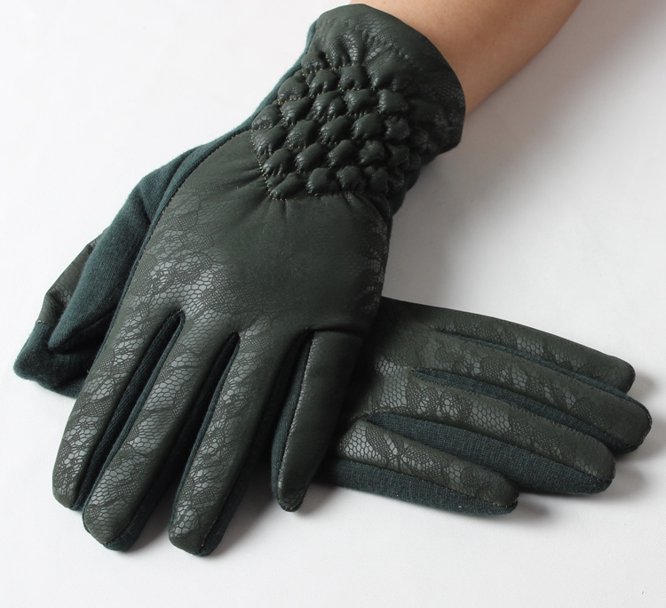 Alibaba best selling green warm winter daily life used womens gloves