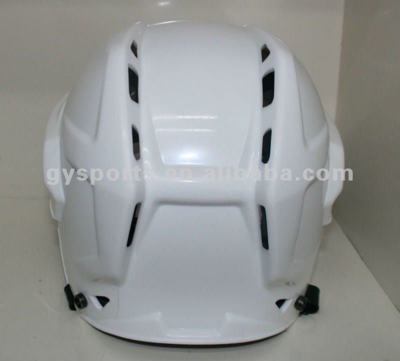 2015 Hot sales, comfortable ice hockey helmets with PP outer shell Absorption Foam Liner anti-scratch anti-fog Visor