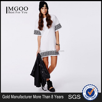 MGOO Design Greek Key Print Oversized T-Shirt Dress In White Longline Short Slweeves T-Shirt For Woman Loose Midi Dress With Cre