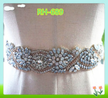 Fashional opar crystal applique, opal rhinestone applique for sash, wedding sash applique