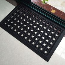 House Skid Resistant Spike Rubber Mat