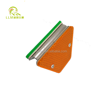 China Supplier highway guardrail reflector highway road safety guardrail from
