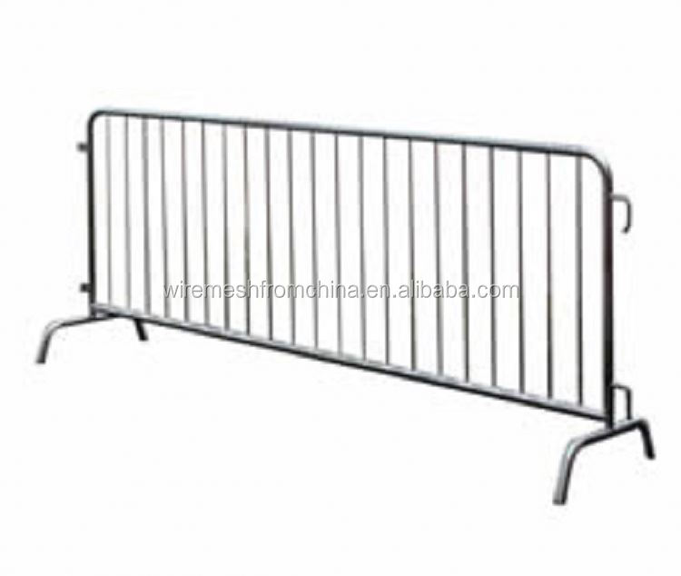 cheap metal galvanized crowd control barrier