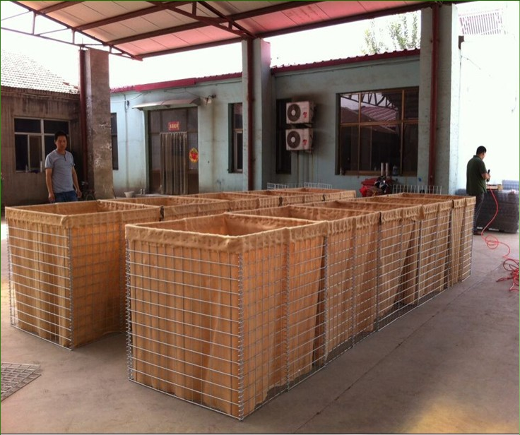 Retaining wall flood barrier/pvc coated gabion box/rock basket wire mesh