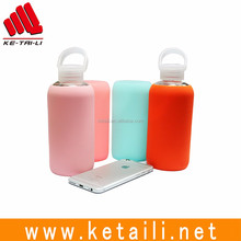 Wholesale 420ml heat-resistant glass water bottle with silicone sleeve