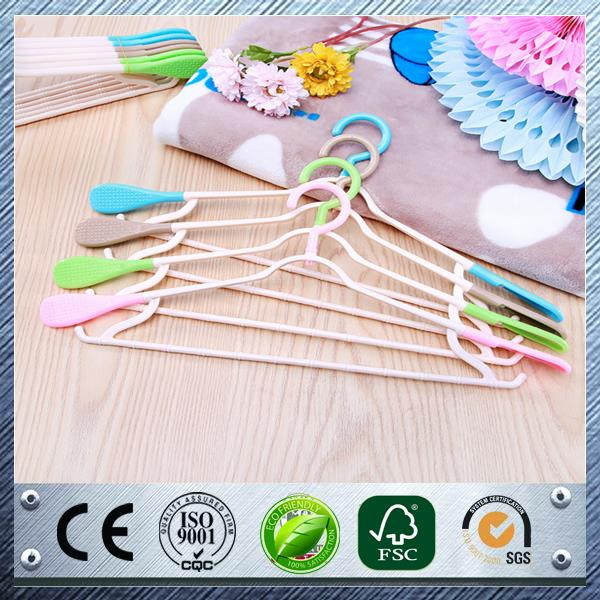 High quality plastic closet clothes hanger crystal hangers pet plastic hanger