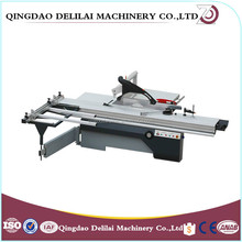 Woodworking machinery sliding table saw with scoring blade