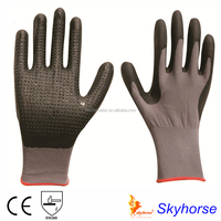 15 Gauge Nylon Spandex Shell, Nitrile Microfine Foam Coated Surface with Nitirle Dots